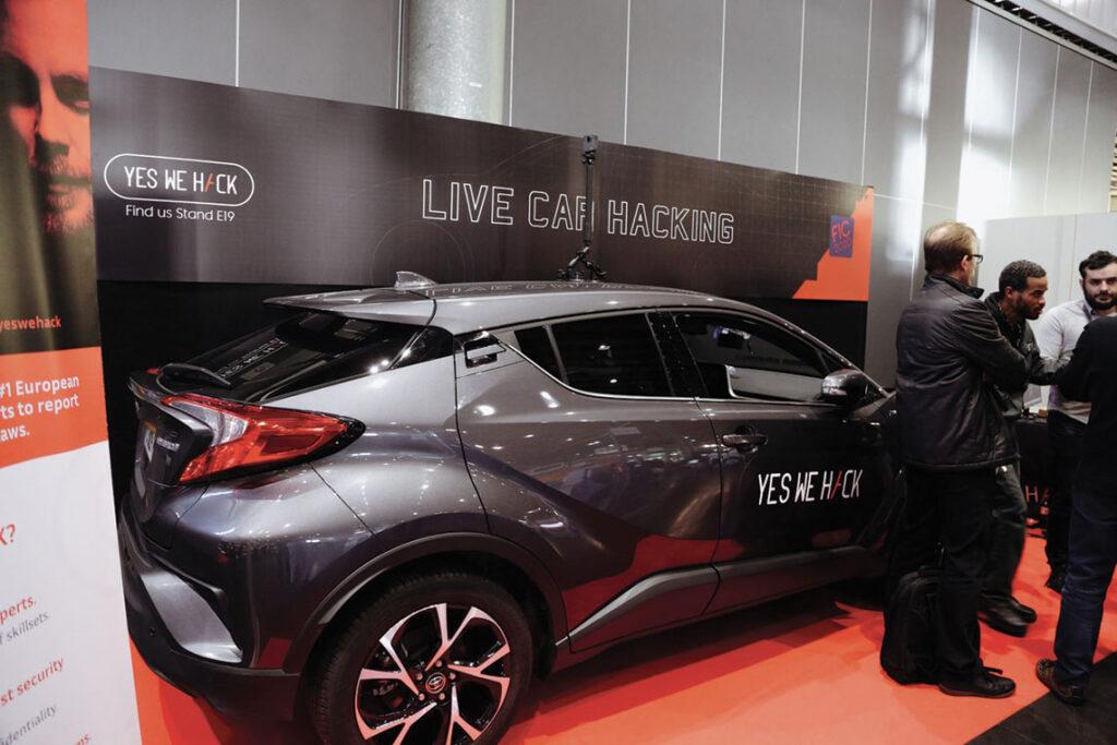 Le modèle de la voiture utilisée pour le Live Car Hacking est le Toyota C-HR.