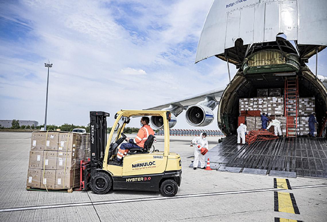 Pont aérien mis en place par GEODIS pour le transport exceptionnel de millions de masques entre la Chine et la France.
