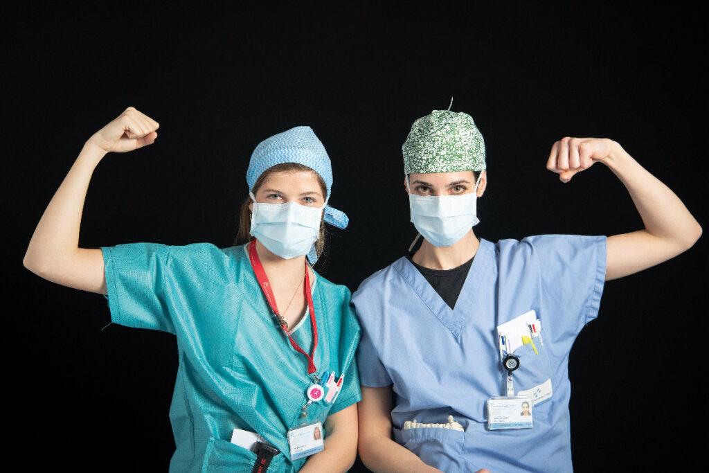 Réanimation, infirmières de l'équipe de nuit.