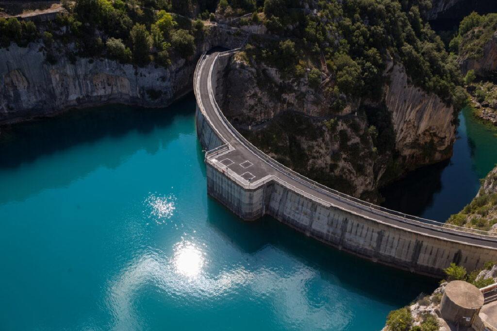 Le barrage de Sainte-Croix géré par EDF Hydro