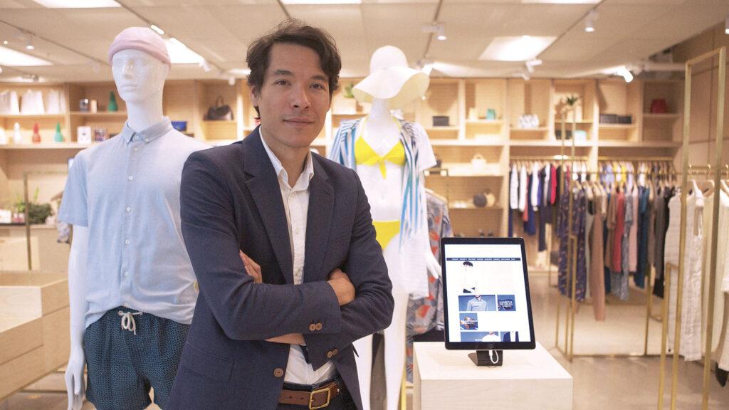 Régis Pennel (99) a lancé L'Exception, qui est devenu en quelques années le leader commercial français de la mode créative et luxe pour femme et homme