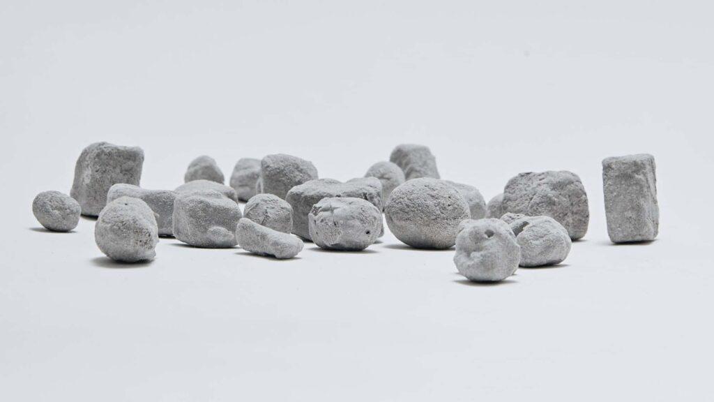 Granulat issu de la technique de fossilisation des déchets de Néolithe