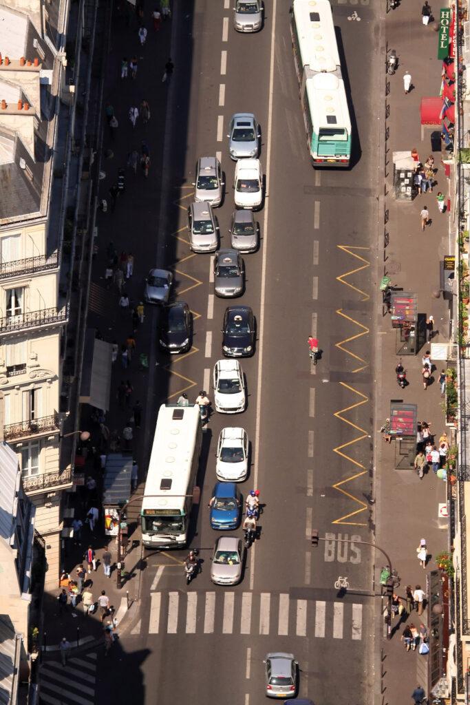 L'automobile et la ville, une politique publique à repenser