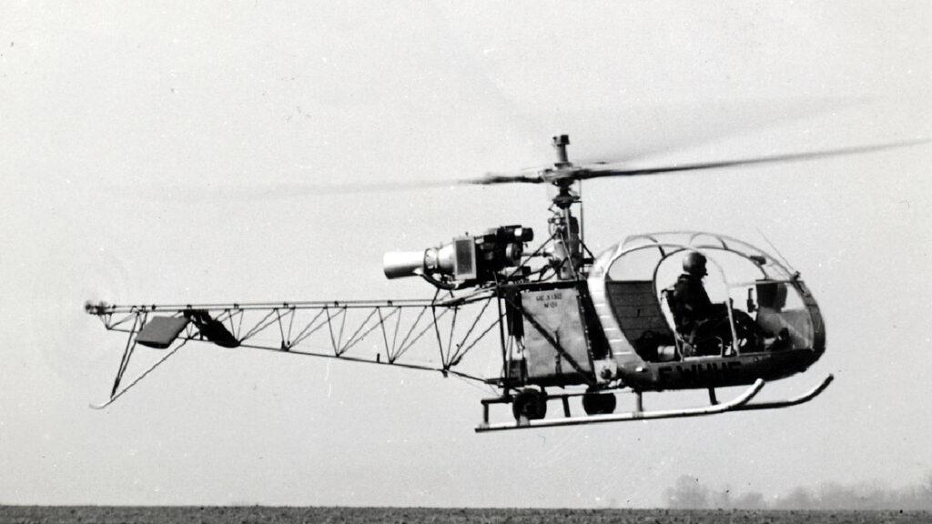 1 305 appareils Alouette 2 seront construits à fin 1975.
